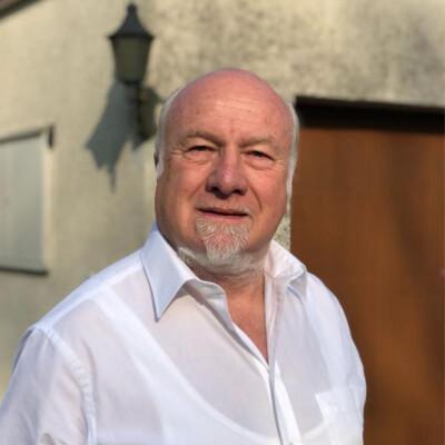 """Neue Podcastfolge """"Was für ein Leben!"""" mit Günther Hasler -"""