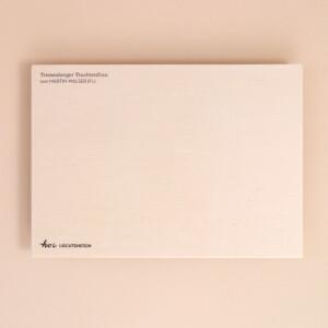 Holzpostkarte Trachten Liechtenstein