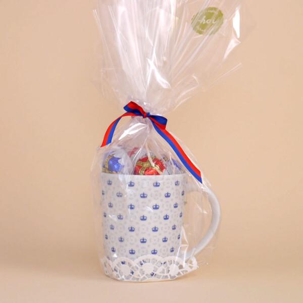 Tasse mit Kronenmuster Schokolade Blau
