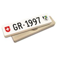Hoi Schweiz Holzmagnet: GR Autonummer Jahrgang 1997